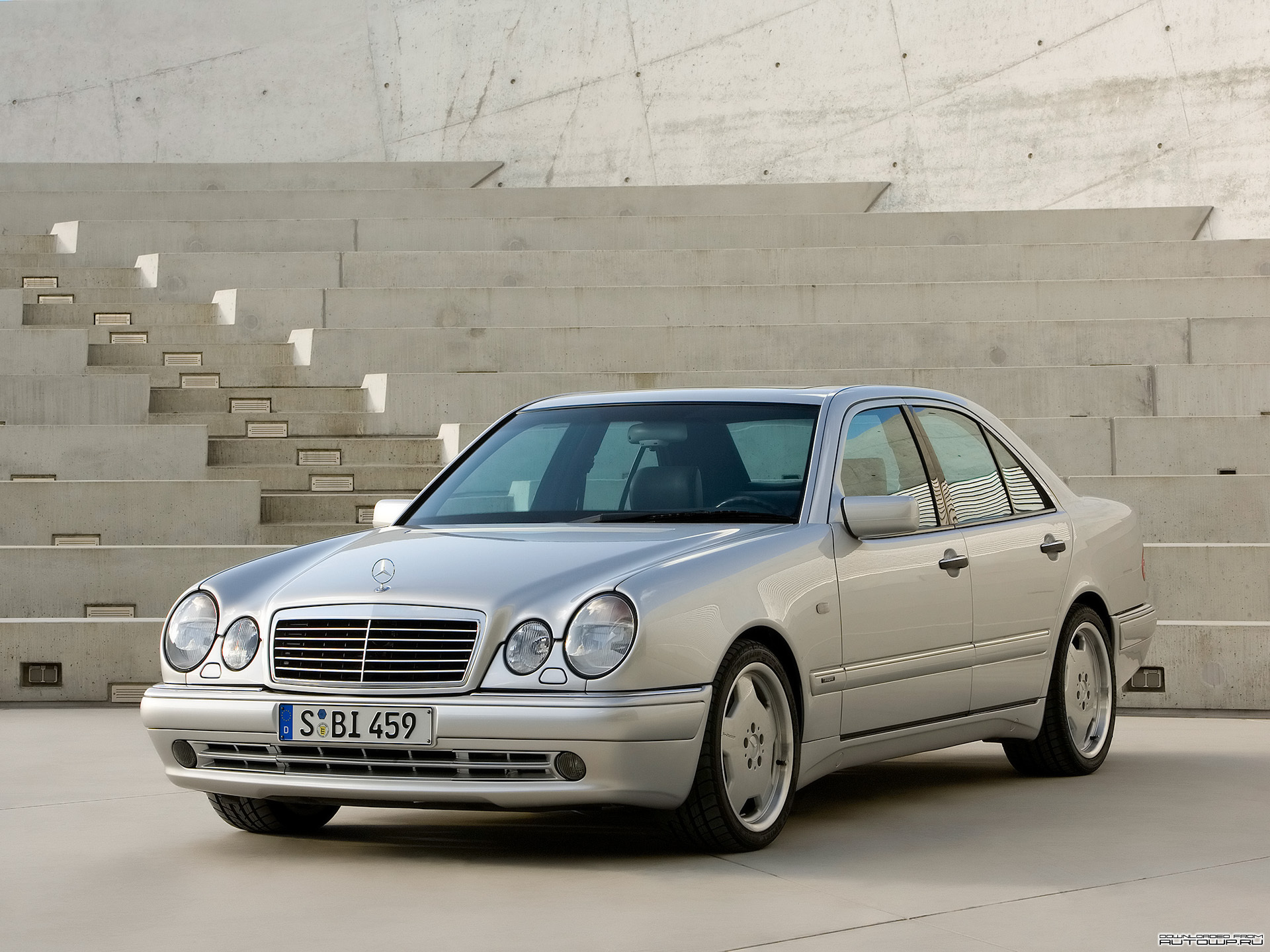 Fake Mercedes Benz W210 AMG