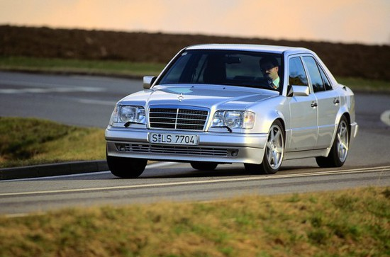 Messe + Event - Mercedes-Benz tritt bei der Silvretta mit fünf Fahrzeugen an