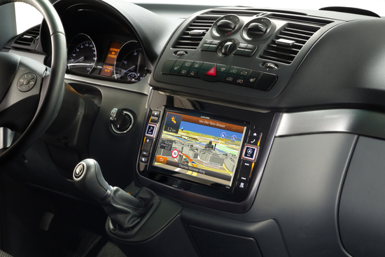 Car-Hifi + Car-Connectivity - Hightech-Innovation für die ganze Familie