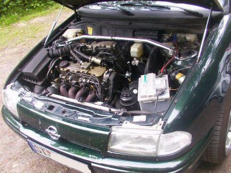 Name: Opel-Astra_-F-_Cabrio_Bertone14.jpg Größe: 450x337 Dateigröße: 55521 Bytes