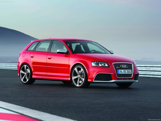 Name: Audi-RS3_Sportback_2012_1600x1200_wallpaper_06.jpg Größe: 1600x1200 Dateigröße: 207442 Bytes