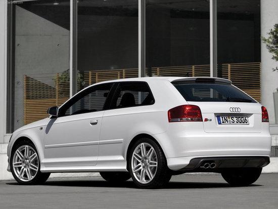 Name: Audi-S3_2007_1600x1200_wallpaper_0e1.jpg Größe: 1600x1200 Dateigröße: 246734 Bytes