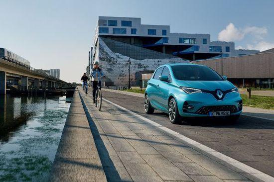 Elektro + Hybrid Antrieb - Das denken die Deutschen über E-Autos wirklich
