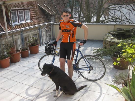 Name: Allmighty_Fahrradraser.JPG Größe: 3648x2736 Dateigröße: 3582502 Bytes