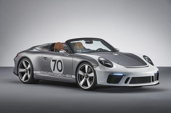 Luxus + Supersportwagen - 911 Speedster Concept: Des Porsches Kern