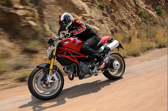 Name: Ducati1.jpg Größe: 779x517 Dateigröße: 406563 Bytes