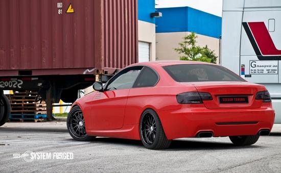 Name: BMW_rot.jpg Größe: 2100x1294 Dateigröße: 1633777 Bytes