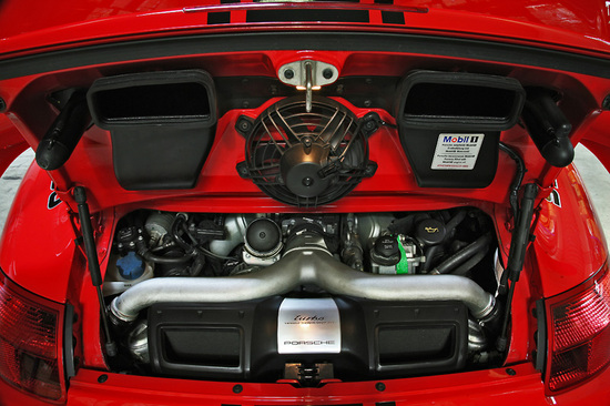 Name: Porsche5.jpg Größe: 800x533 Dateigröße: 186961 Bytes