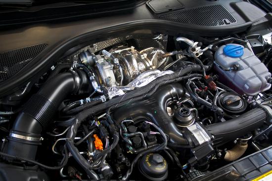 Name: Audi_A6_30BiTDI_001BD.jpg Größe: 945x630 Dateigröße: 589526 Bytes