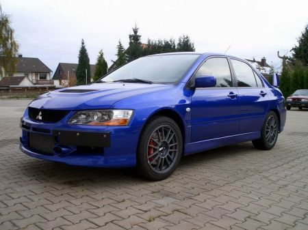 Name: Mitsubishi-Lancer_Evo_9_S.jpg Größe: 450x337 Dateigröße: 31204 Bytes