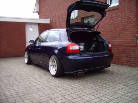 Name: Audi-A3_8L2.jpg Größe: 450x337 Dateigröße: 54874 Bytes