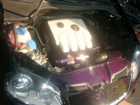 Name: VW-Golf_5_20_TDI14.jpg Größe: 450x337 Dateigröße: 33015 Bytes