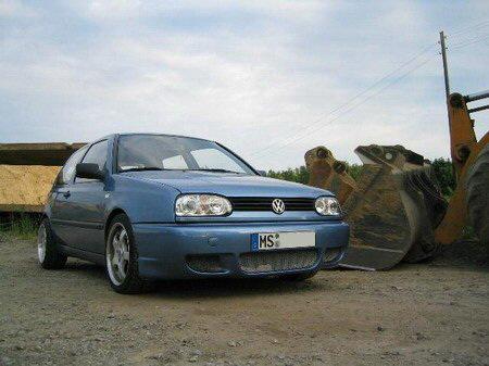 Name: VW-Golf_3105.jpg Größe: 450x337 Dateigröße: 53418 Bytes