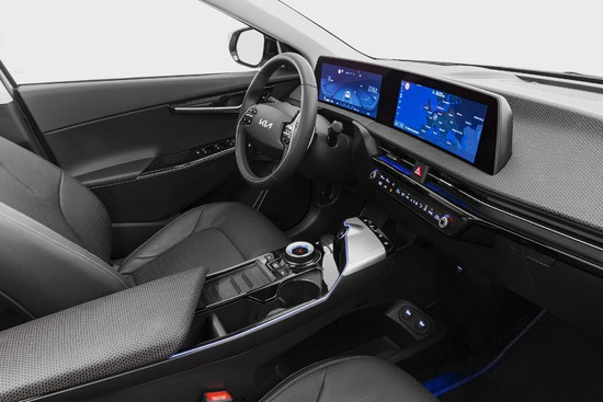 Name: Kia_EV6_Cockpit_01_LoRes.jpg Größe: 2000x1333 Dateigröße: 288758 Bytes
