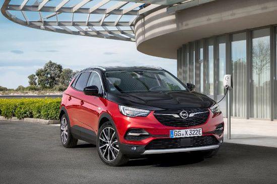 Elektro + Hybrid Antrieb - Opel Grandland X mit Plug-in-Hybrid