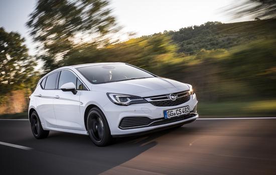 Name: Opel-Astra-299520.jpg Größe: 5041x3188 Dateigröße: 6824793 Bytes