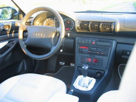 Name: Audi-A4_18_5V8.jpg Größe: 450x337 Dateigröße: 63031 Bytes
