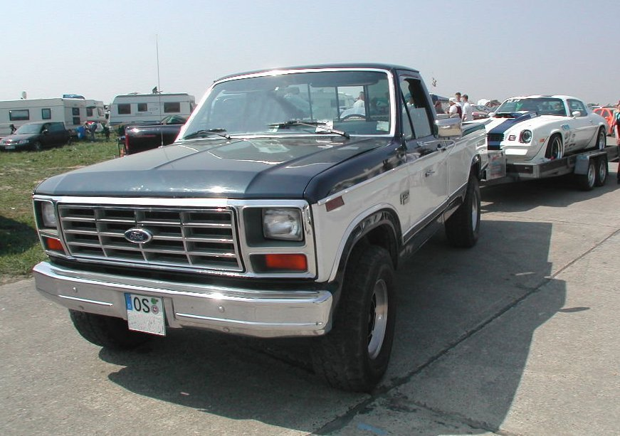 Name: Martins_Ford_F250_Blue_Duck_Racing_Tow_Truck.JPeG Größe: 871x613 Dateigröße: 108280 Bytes