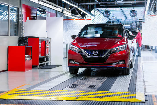 Name: The_500000th_Nissan_LEAF_heads_to_its_new_owner_in_Norway_as_customers_continue_to_embrace_the_pioneering_zero-emission_vehicle_globally-1200x8001.jpg Größe: 1200x800 Dateigröße: 307893 Bytes