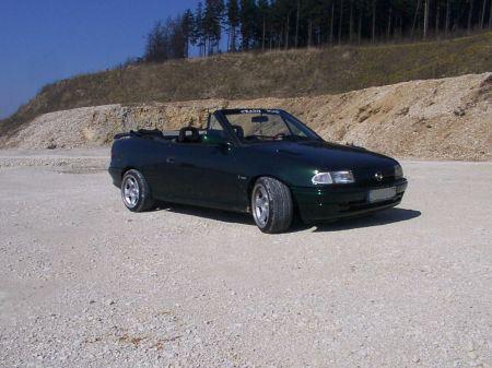 Name: Opel-Astra_-F-_Cabrio_Bertone8.jpg Größe: 450x337 Dateigröße: 41153 Bytes