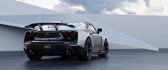 Name: Nissan_GT-R50_by_Italdesign_production_rendering_Silver_RR-1200x500.jpg Größe: 1200x500 Dateigröße: 397808 Bytes