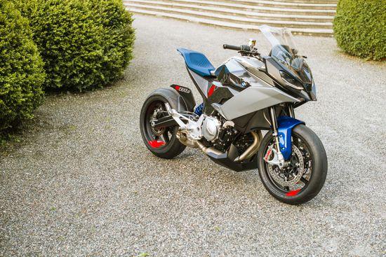 Name: P90305941_highRes_bmw-motorrad-concept.jpg Größe: 1920x1280 Dateigröße: 728327 Bytes