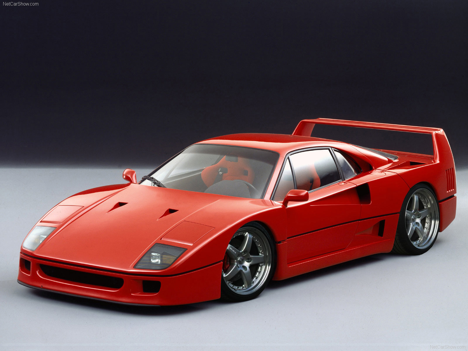 ferrari f40 deine automeile im netz. Black Bedroom Furniture Sets. Home Design Ideas