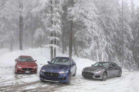 Luxus + Supersportwagen - Maserati Levante auch im Schnee auf Zack