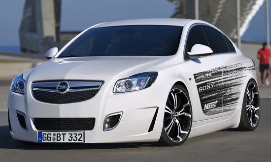 Name: Opel_Insignia_OPC_4.jpg Größe: 1200x720 Dateigröße: 381825 Bytes