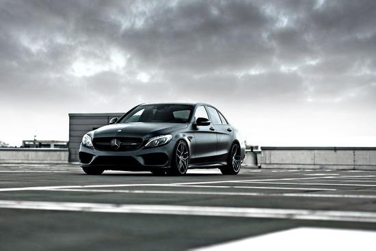 Name: Mercedes-C43-Sedan-ZP21-GLM-01.jpg Größe: 1200x800 Dateigröße: 140211 Bytes