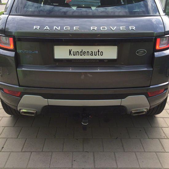 Name: Land_Rover-Evoque-01.jpg Größe: 1600x1600 Dateigröße: 268895 Bytes