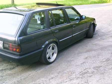 bmw 320i tuning. BMW E30 320i touring6