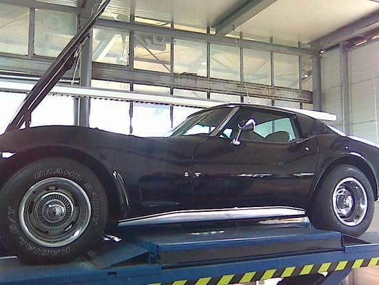 Name: Corvette_2.jpg Größe: 800x600 Dateigröße: 83718 Bytes