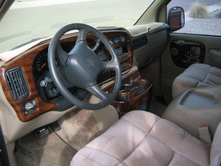 Name: Chevrolet-Express_Van4.jpg Größe: 450x337 Dateigröße: 35445 Bytes