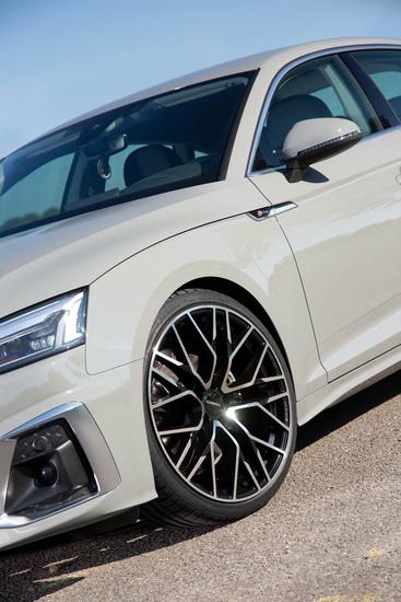 Name: Audi_A5_CA20_bp_03.jpg Größe: 800x1200 Dateigröße: 177676 Bytes