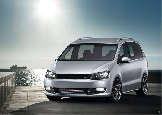 Name: VW_Sharan_2010_R1.jpg Größe: 1572x1113 Dateigröße: 215899 Bytes