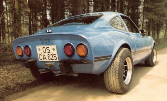 Name: MARTINS_RANCH_Opel_GT_rear.jpeg Größe: 925x556 Dateigröße: 302812 Bytes
