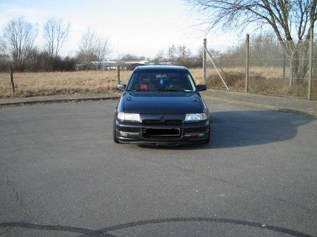 Name: Opel-Astra_F-CC_GSI_16V.jpg Größe: 450x337 Dateigröße: 34375 Bytes