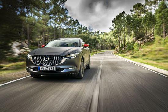Erlkönige + Neuerscheinungen - Mazda MX-30: Kleiner Akku, trotzdem oho