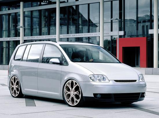 Name: VW_Touran2.jpg Größe: 1536x1143 Dateigröße: 876990 Bytes