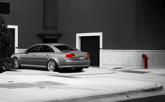 Name: Audi_A8_Fake4.jpg Größe: 1600x993 Dateigröße: 699500 Bytes