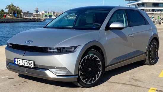 Name: 2021_Hyundai_Ioniq_5_Test_Review_IMG_6980.jpg Größe: 2031x1143 Dateigröße: 945747 Bytes