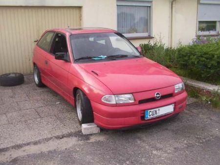 Name: Opel-Astra_GSI4.jpg Größe: 450x337 Dateigröße: 32468 Bytes