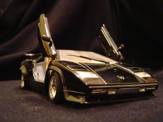 Name: Lamborghini_Countach_2.JPG Größe: 2048x1536 Dateigröße: 1488747 Bytes