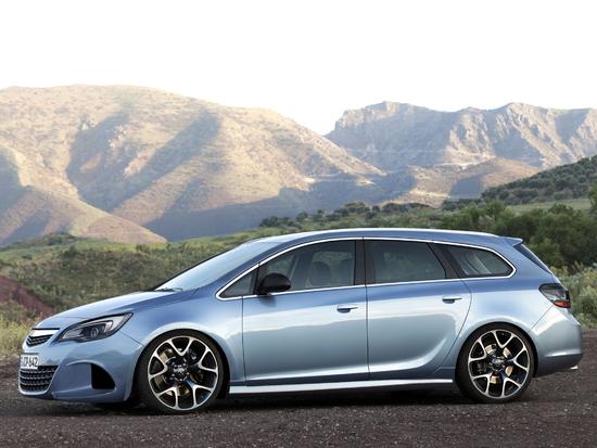 Name: Opel_Astra_J_Sports_Tourer_Seite5.jpg Größe: 2048x1536 Dateigröße: 1471171 Bytes