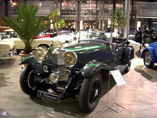 Name: Bentley.JPG Größe: 2848x2136 Dateigröße: 1367632 Bytes