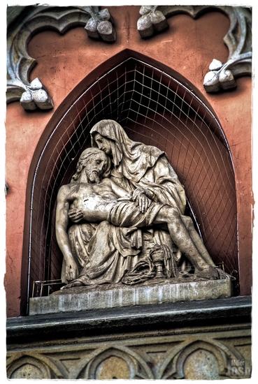 Name: statue_2-rahmen-small.jpg Größe: 1007x1500 Dateigröße: 1309008 Bytes