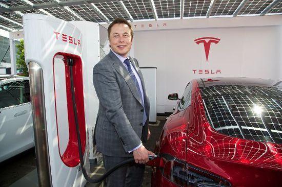 Auto - Tesla: Ein Tweet lässt die Börse beben