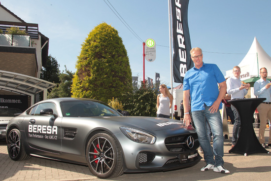 Name: 7-Mercedes_Benz_AMG_GT-Norbert_Heisterkamp.jpg Größe: 1772x1181 Dateigröße: 746544 Bytes