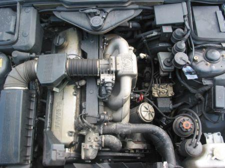 Name: BMW-730i_E3212.jpg Größe: 450x337 Dateigröße: 42205 Bytes